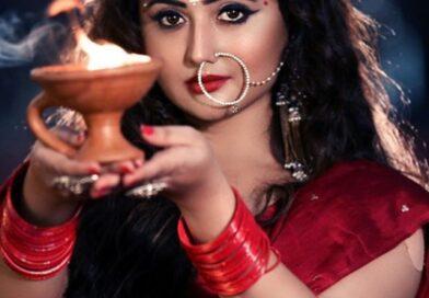 Rashmi Desai seen as Maa Durga, photo went viral on social media