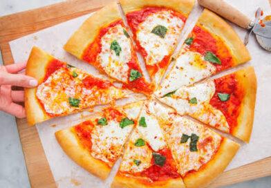 पिज्जा कंपनी पर महिला ने ठोका 1 करोड़ का दावा,  वेज की जगह नॉनवेज पिज्जा भेजना पड़ा भारी