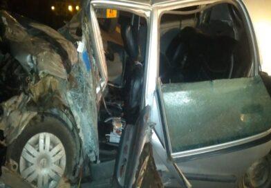 यूपी में दर्दनाक हादसा: एक्सप्रेस वे पर कार डिवाइडर से टकराई, दंपति की मौत, दो बच्चों की हालत गंभीर