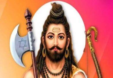 लखनऊ: पूर्व सांसद व उनकी पत्नी भाजपा विधायक ने परशुराम मंदिर बनाने की घोषणा की