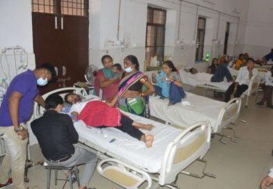 फिरोजाबाद में डेंगू से 48 घंटे में 12 और मौतें : 175 पहुंचा मरने वालों का आंकड़ा, कानपुर और आगरा से आए 4 डॉक्टर